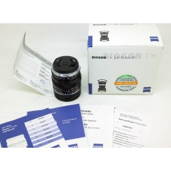 Carl Zeiss Biogon T* 35mm f/2.0 ZM (BLACK) M-MOUNT
