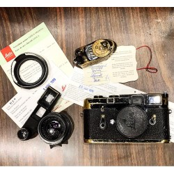 Leica M3 Camera Black & Leica Summilux 35mm/f1.4 Goggles & Leica Meter MR