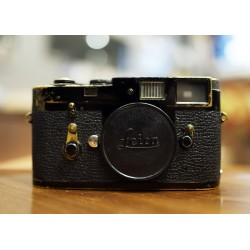 Leica M2 Black paint film Camrea