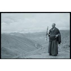 楊延康 (Yang Yankang)作品 -吹唢呐的僧人 西藏2012