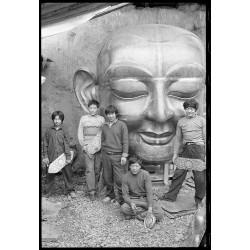 楊延康 (Yang Yankang)作品 -塑佛像的信众 云南2005