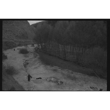 楊延康 (Yang Yankang)作品 - 擔水的僧人