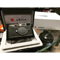 Leica M6 TTL 0.58 film camera Black (Brand New)