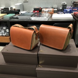 Tsuchiya Kaban 土屋鞄製造所 散步相機包