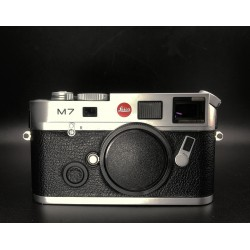 Leica M7 rangefinder Film Camera (Silver)