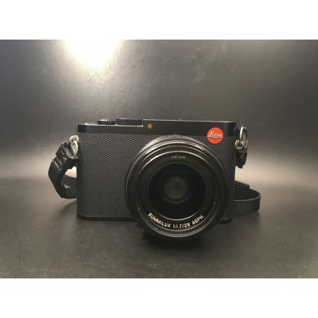 Leica Q Digital Camera (19000) Black