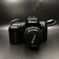 Nikon AF F-601 Quartz Date with Nikkor AF 50mm lens