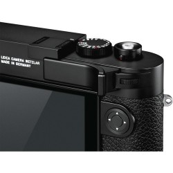Leica M10 Thumb Support (Black) 24014 (thumb up)