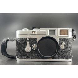 Leica M3 rangefinder Film Camera Silver