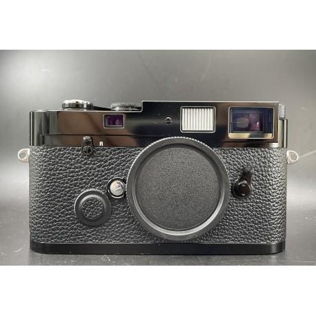 Leica MP Film Camera 0.72 Black Paint (Used)