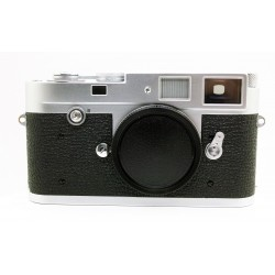 Leica M2 Button